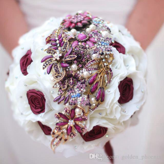 Custom European-style fashion wedding bouquet jewelry brooch silk rose married bride holding bouquet ball