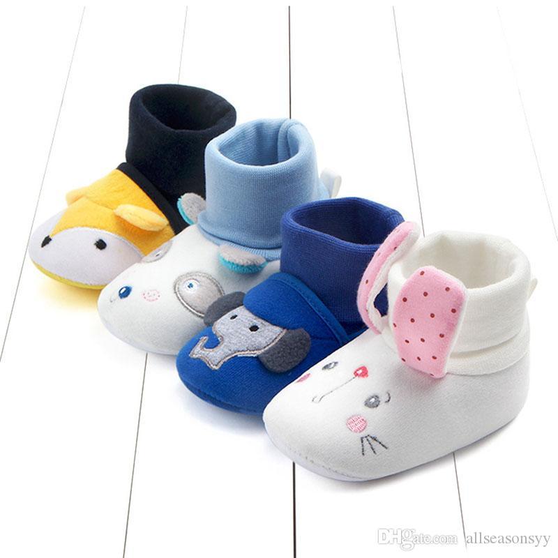 New Soft caldi Scarpe Bambino sveglio del fumetto neonata appena nata, tenere al caldo Scarpe Fleece Snow Boots Booties White Princess