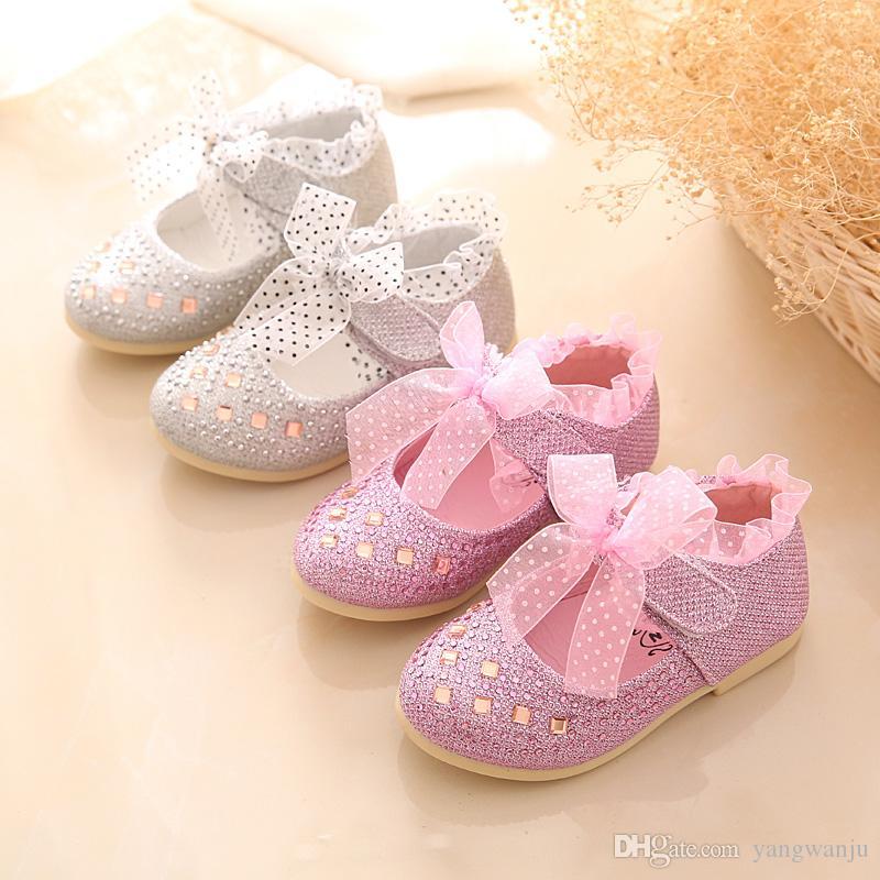 2017 Yeni Dantel Kızlar Deri Ayakkabı Bahar Sonbahar Boyutu 13-15 cm Çocuk Kız Prenses Ayakkabı Moda Kız Bebek Düz Ayakkabı