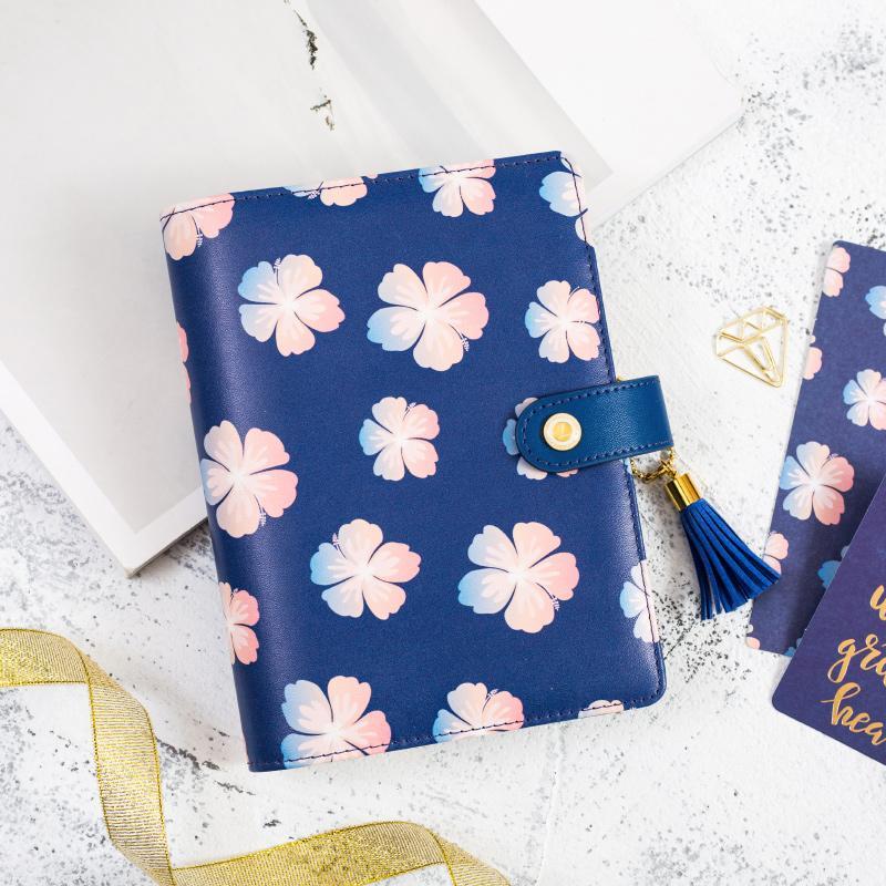 Dokibook Freeshipping Lovedoki A5 A6 Notizbuch-Planer-Tagebuch-Tagesordnunggroßverkauf Reiseanmerkungen TN Marineblau blüht Kirschblüten