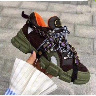 2018 Pré-automne en cuir et botte de randonnée Hight-top originale Lace Up Mountain Escalade Chaussures pour hommes femmes Casual véritable cuir sneake 91313