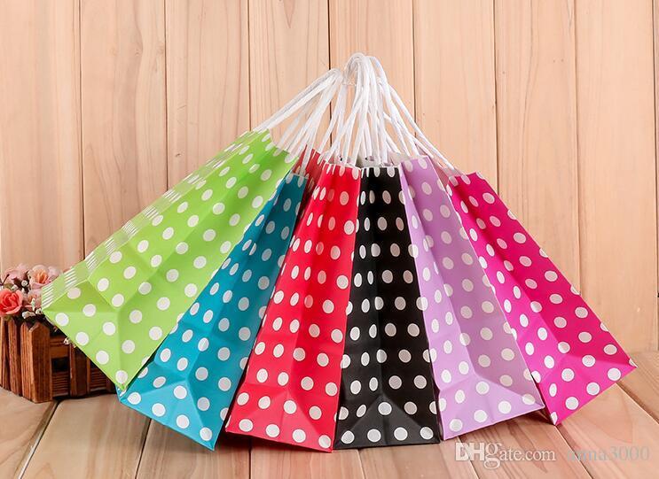 Commercio all'ingrosso 21 * 15 * 8cm Pois kraft sacchetto di carta regalo borsa Festival di carta con le maniglie alla moda borse gioielli della festa di compleanno di nozze