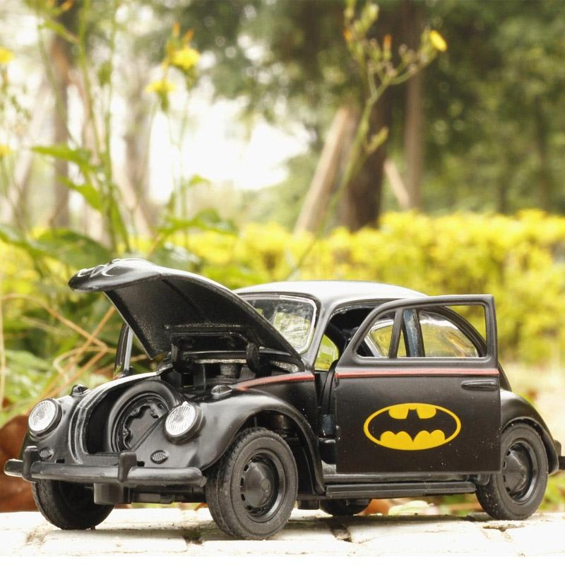US 1//32 Scale Batman Diecast Car Model Black Beetle Classic Vehicles Car Kid toy