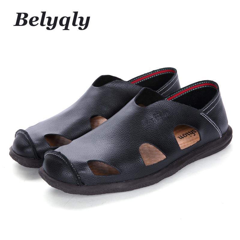 Belyqly 2018 Novos Homens de Praia Casual Hight Qualidade de Couro Respirável Buraco Sandálias Soild Verão Slip On Light PU Scuffs Sapatos