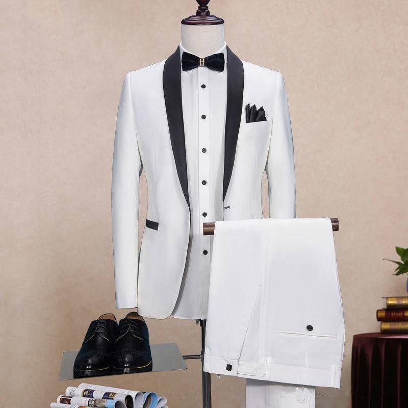 Esmoquin de novio blanco de dos piezas por encargo 2018 Padrinos de boda baratos Mejor hombre Traje de baile Hombres Trajes de boda Novio Fomal Wear (chaqueta + corbata + pantalones)