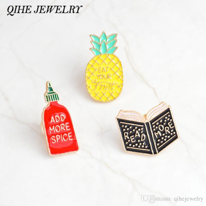 """QIHE TAKı Emaye pimleri Kitap ananas baharat şişe pimleri """"DAHA FAZLA OKUYUN, DAHA FAZLA EKLE, KAZANMAK KADIN"""" rozetleri komik iğneler takı"""