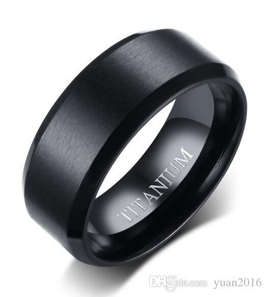 Anel de casamento 8mm simples escovado anel de titânio preto para mulheres / homens conforto fit venda quente nos EUA e na Europa tamanho 7-12