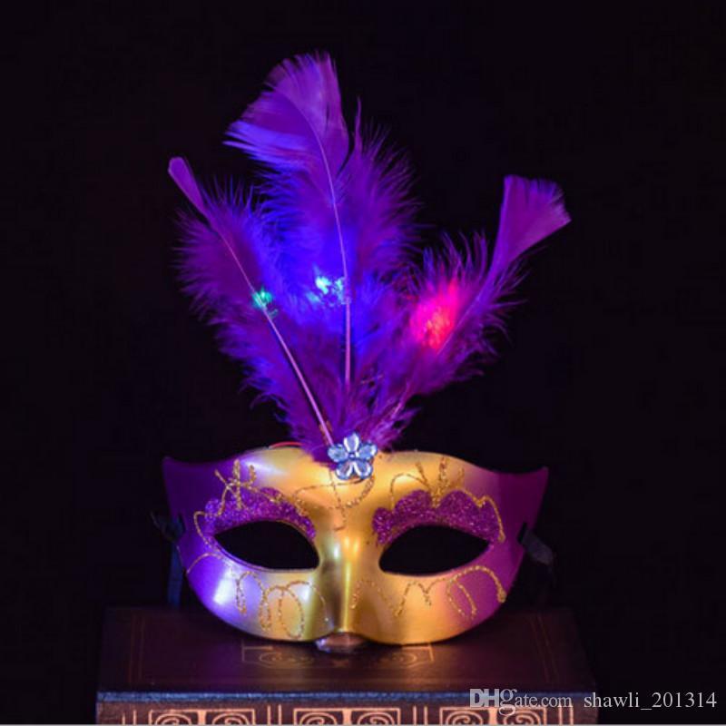 أقنعة جديدة مضيئة قناع تنكر العازبة حزب ملابس تنكرية الأميرة الكرة كرنفال قناع المرأة البندقية البندقية الريشة LED قناع