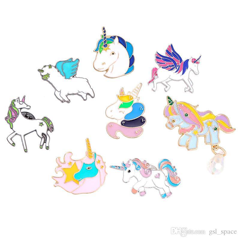 Pony Con Le Ali Cavallo Unicorno Cervo Spilla Pulsante Pin del rivestimento del cappotto dei monili animali del distintivo del fumetto Pins regalo per i bambini