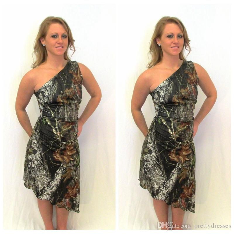 2018 One Shoulder Sheath Camo Bridesmaid Dresses Short Asymmetric Camouflage Honor Of Maid Satin Country Slim Bridesmaids Party Gowns
