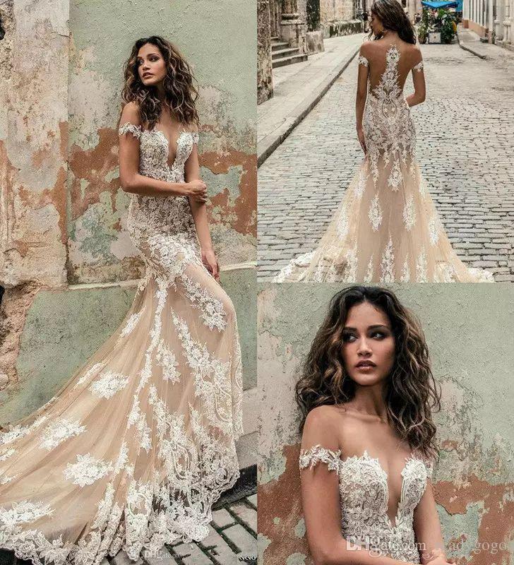Champagner Julie Vino Mermaid Brautkleider 2019 Schulterfrei Tiefer Ausschnitt Spitze Applique Trompete Brautkleider Custom Brautkleider