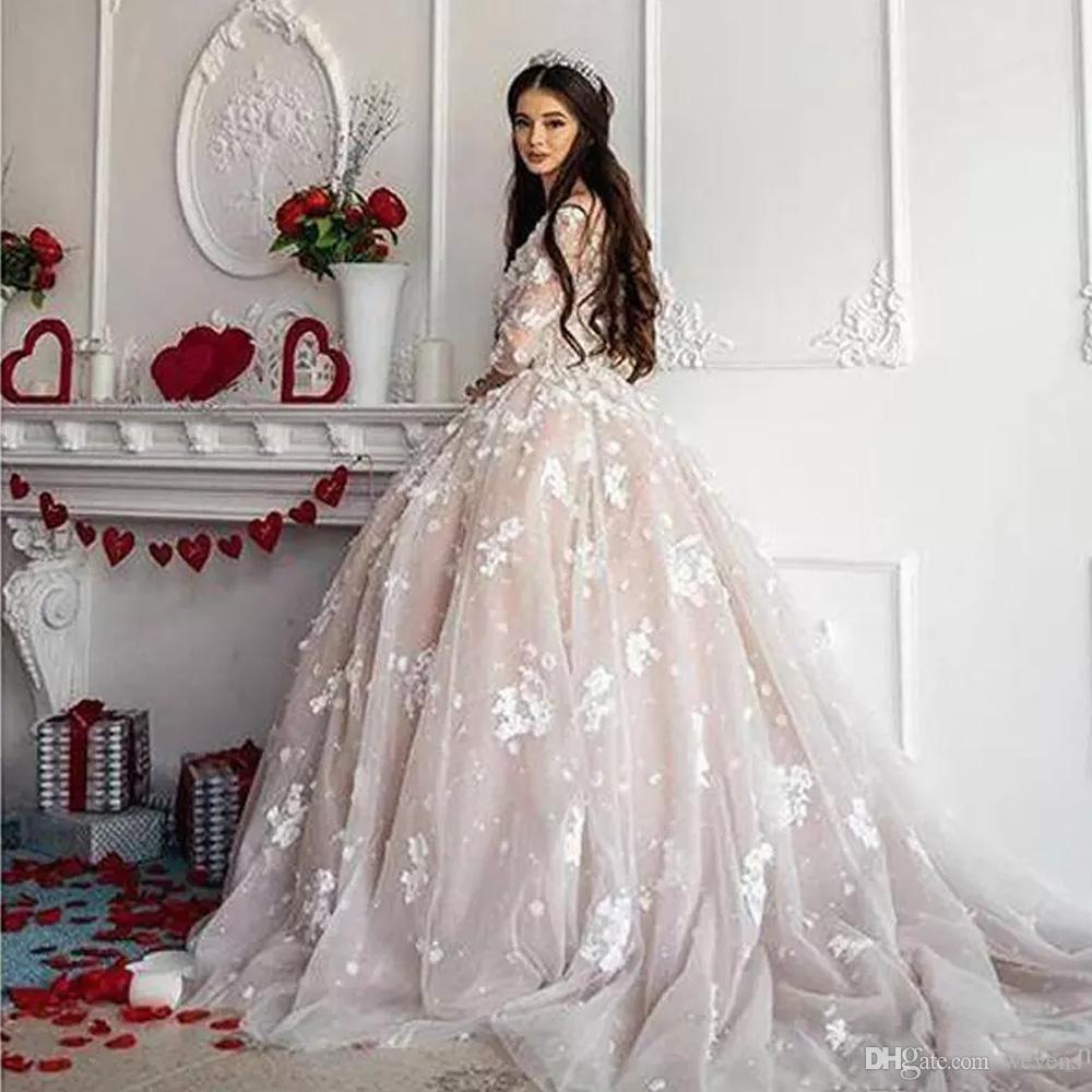 Großhandel Romantische Prinzessin Tüll Brautkleider Scoop Neck 19D  Applizierte Ballkleid Brautkleider Spitze Appliques Perlen Plus Size  Brautkleider