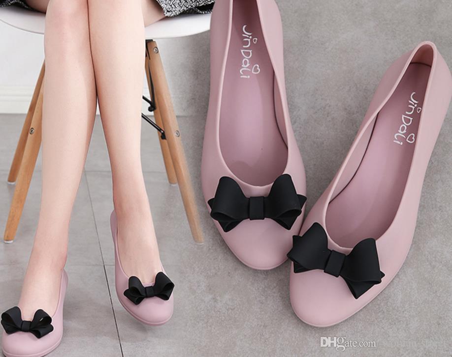 2018 лето женщина склоны желе сандалии обувь женщин мягкое дно водонепроницаемый дождь обувь леди круглые головы конфеты цветной пляж обуви