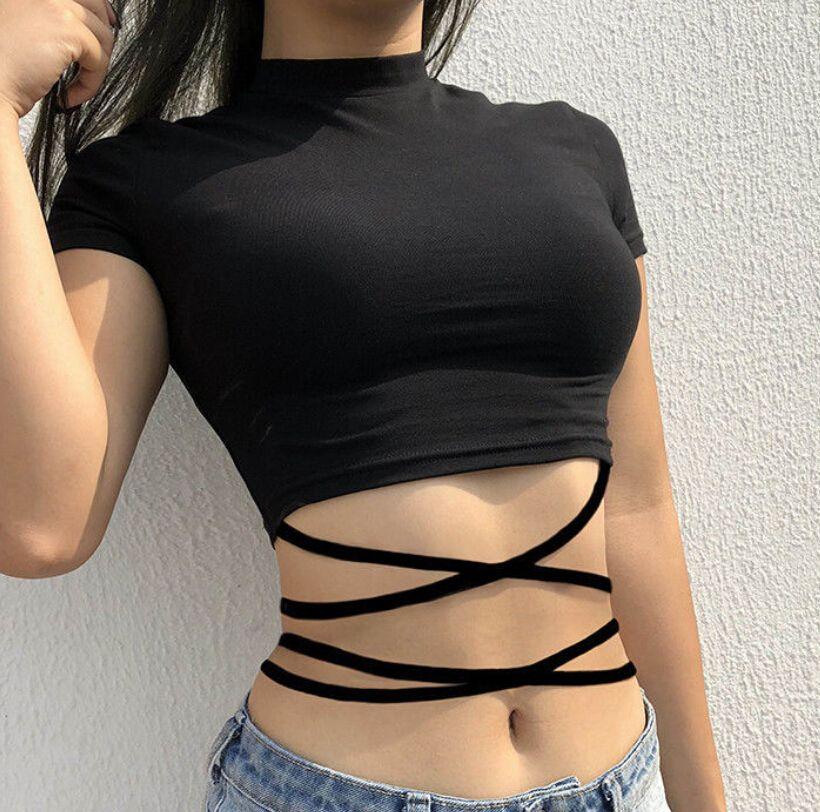 2018 Summer Top Donna Manica corta Slim O Collo Bandage Fitness Camicie nere Gothic Cotton Crop Top Abbigliamento donna