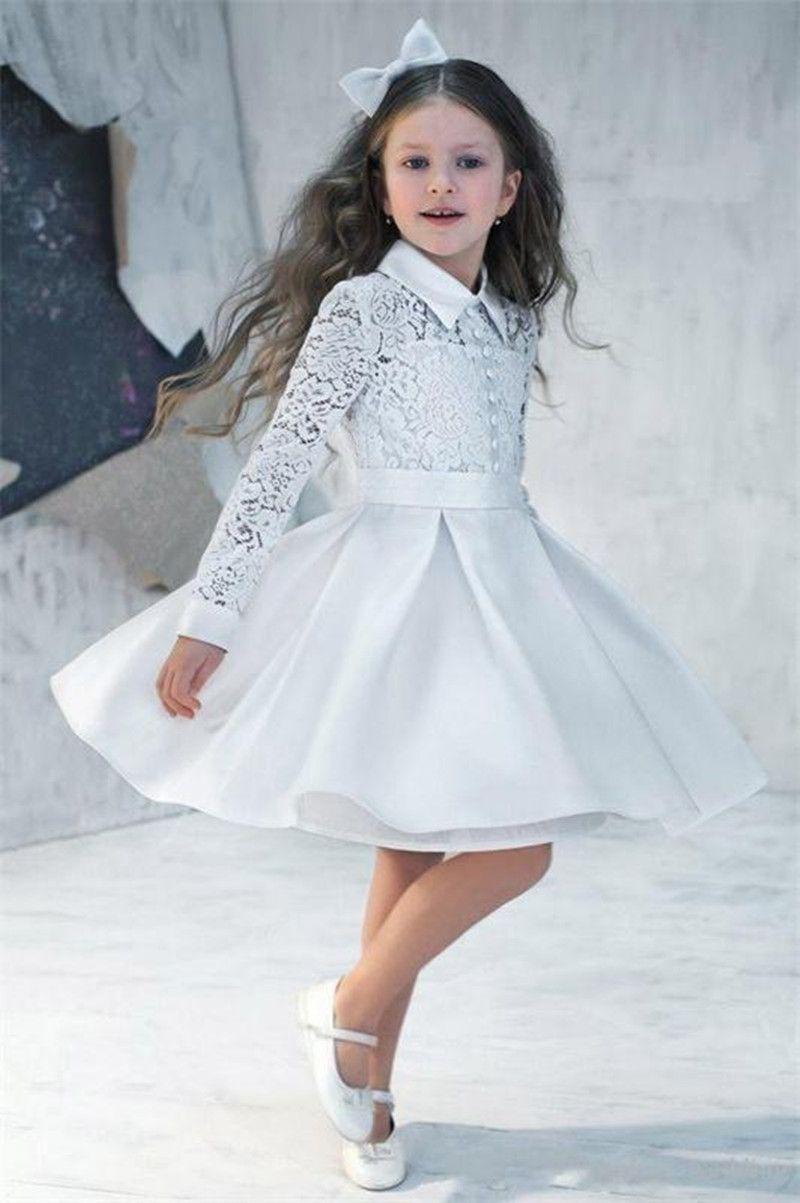 2018 New Nely Nette Weiße A-Linie Blumenmädchen Kleid Süße Knielange High Neck Geburtstag Party Kleid Lange Ärmel Taste Spitze Party Vestido