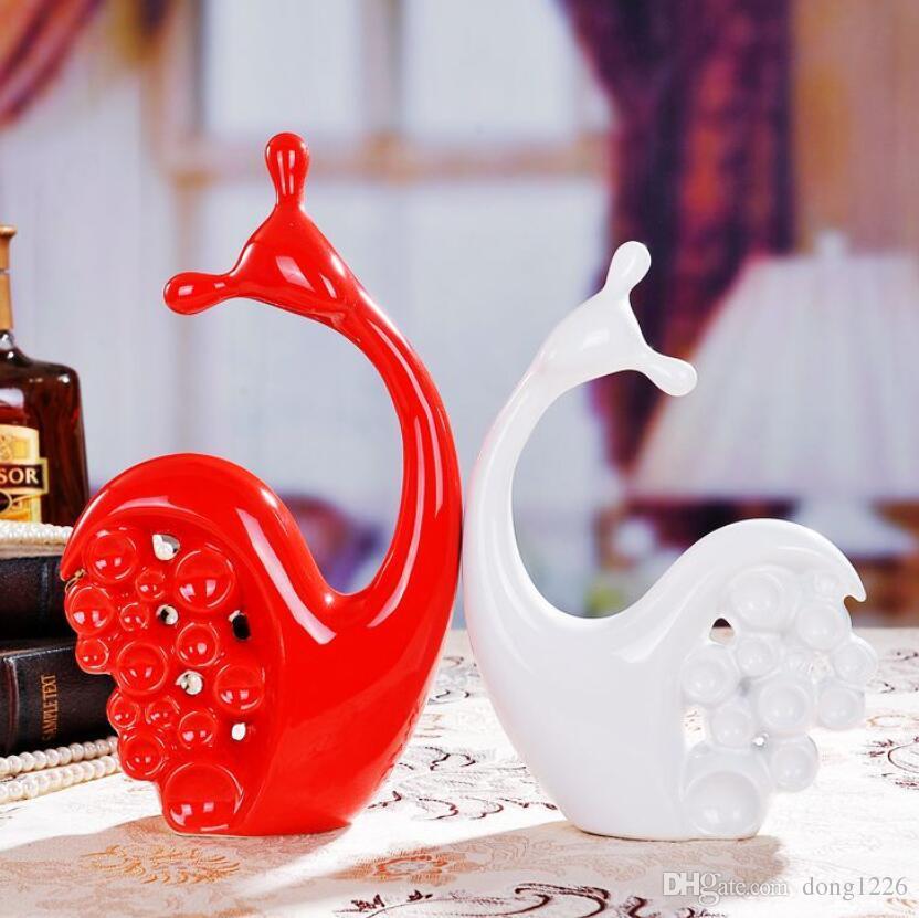 blanc en céramique escargots amoureux home decor artisanat chambre décoration en céramique artisanat ornement porcelaine figurines décoration de mariage