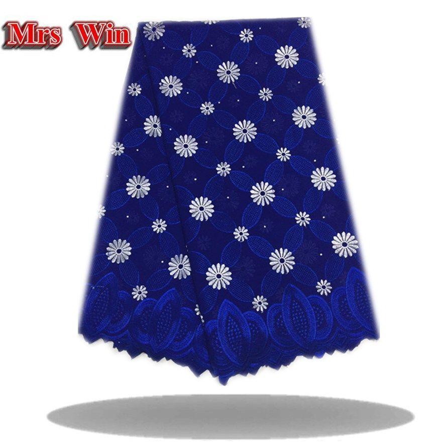 Tela azul blanca de alta calidad del cordón francés de la tela africana real del cordón con el bordado del diamante para la ropa de noche superior de la clase