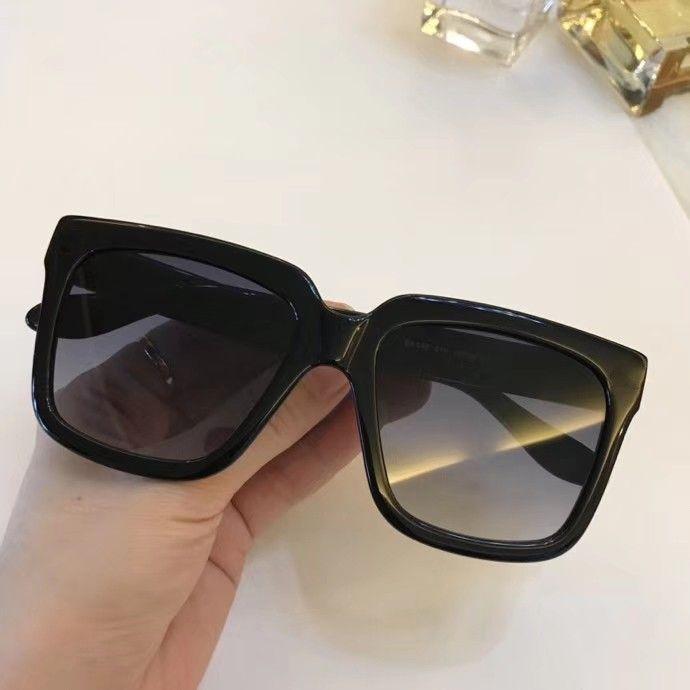 Le nuove donne di modo degli occhiali da sole degli uomini degli occhiali da sole B018 semplice e uomini generosi vetri di sole all'aperto occhiali di protezione UV400 con il caso