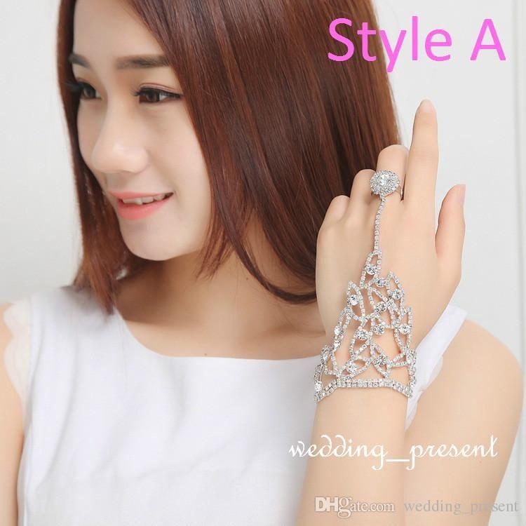 Elegant Bridal Gloves Wedding Bridal Party Prom Jewelry Crystal Rhinestones Finger Ring Bracelet Wristband Bracelet Three Styles