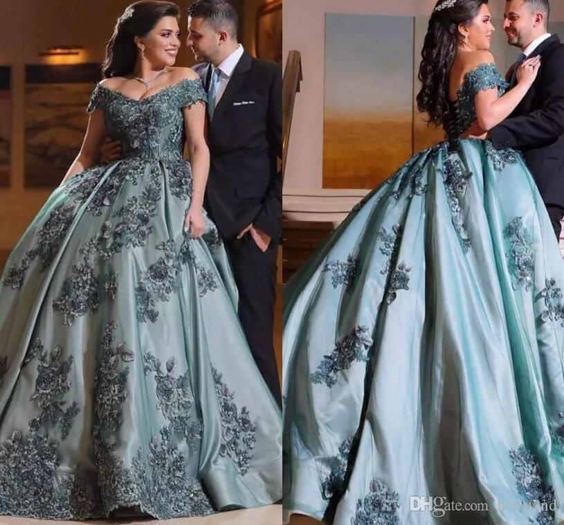 2020 Vintage Arabic Off Shoulders Formal Evening Dresses Lace Appliqued A Line Satin Mother Of Bride Dresses For Evening Party Gowns