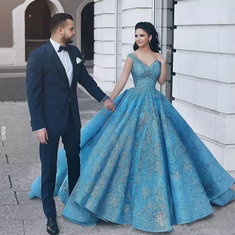 Пользовательские арабские кружевные бальные платья выпускного платья 2020 с аппликациями V-образным вырезом длиной длиной длиной вечернее вечеринка