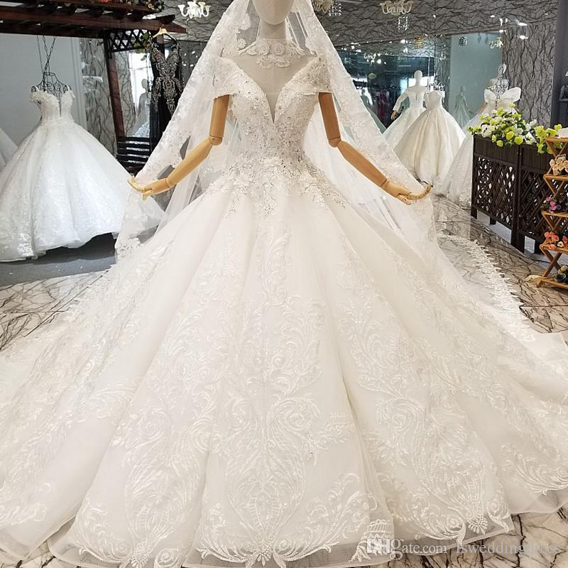 Luxury Applique Wedding Gown Like White With Collar Chain Off Shoulder Wedding Dresses With Wedding Veil Ball Gown Bridal Dress