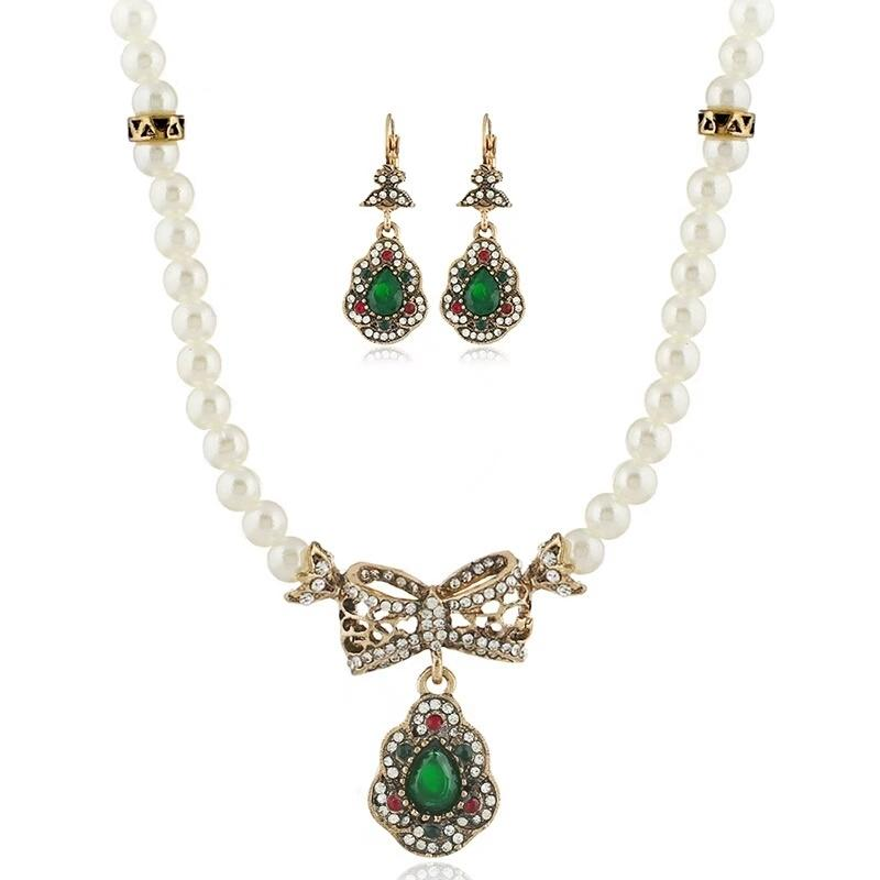 Green Pearl and Crystal Necklace and Earrings Set