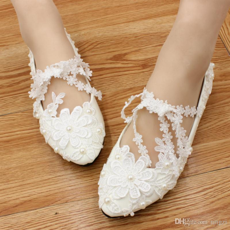 Handmade Flat Lace Wedding Shoes White Beadding Bridesmaid Shoes Flat Heels Ladies Shoes Size 40 Bridal Heels 2018 Party