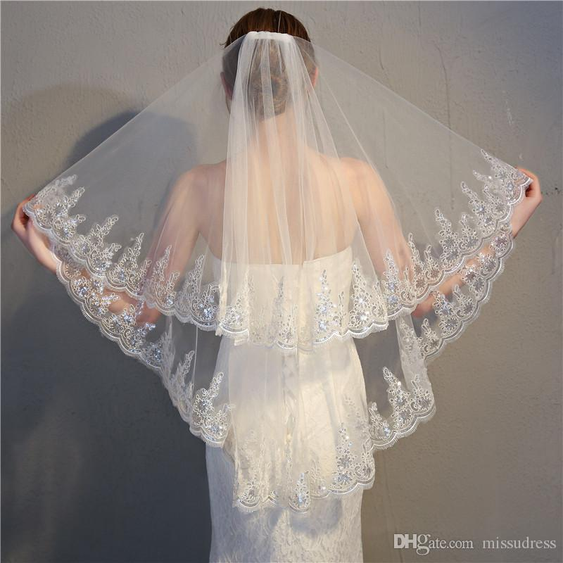Velos cortos yema hermosa borde de encaje de tul velos de novia con cuentas de marfil blanco por encargo 2 capas niñas velo de novia