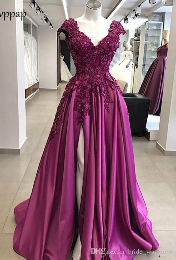 pourpre élégant bal Robes longues Abendkleider manches courtes cou v 2018 Sexy Haute Slit perles fleurs colorent Applique robe de soirée