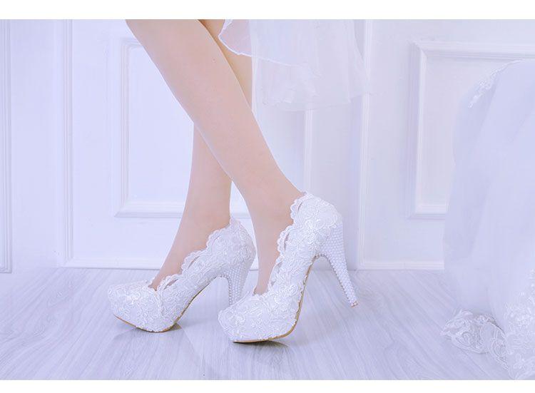 Белое кружево цветок свадебные туфли скольжения на Poind Toe свадебные туфли 3 см платформа на высоком каблуке женщины насосы бисером обувь 10 см / 12 см / 14 см