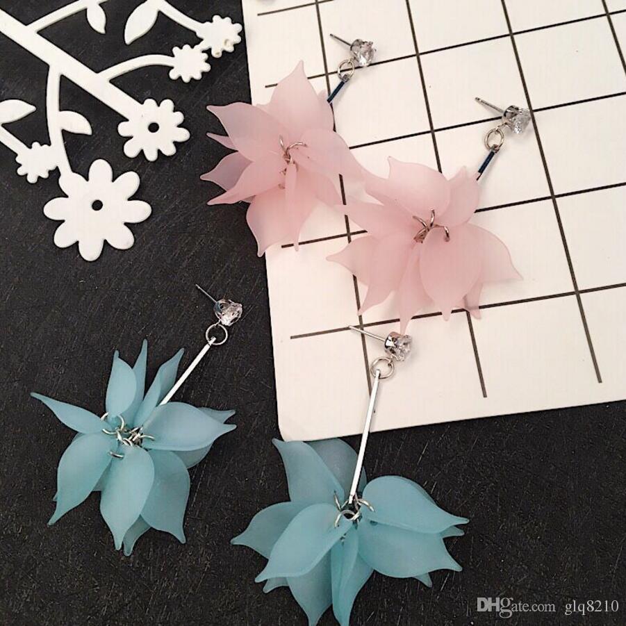 Nouveaux boucles d'oreilles de fleurs de résine Sexy Fleurs longues Pendentif Tassel Stud Charm Boucle d'oreilles Bijoux Femmes Femmes Prix 30Pair / Lot