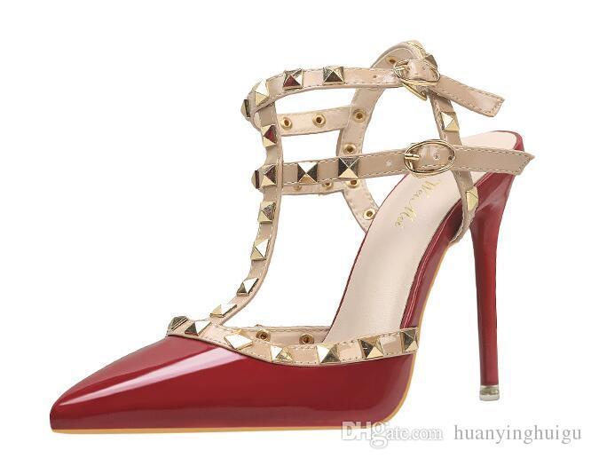 Designer Pointed Toe 2-Strap mit Nieten High Heels Lackleder Nieten Sandalen Damen Verzierte Riemchen Kleid Schuhe Valentine