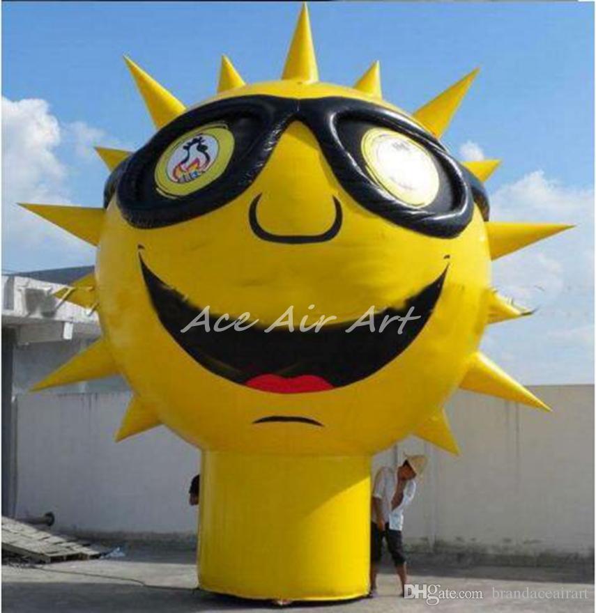 ballon de dessin animé géant personnalisé visage solaire gonflable, modèle de soleil avec la base et le tube rounde b inférieure pour la promotion