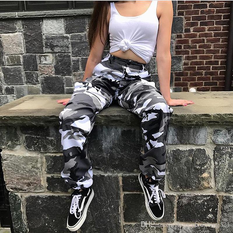 2018 nuevo estilo europeo de diseño de otoño de color bloque de camuflaje de impresión de carga pantalones largos de las mujeres Blommer pantalones sueltos más el tamaño S M L
