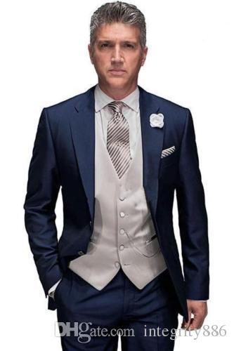 Marque Nouvelle Navy Blue Hommes 3 Pièces Supports Mariage Sculptures Excellent marié Tuxedos Notch Notch revers Two Bouton Blazer (Veste + Pantalon + Cravate + Vest) 507