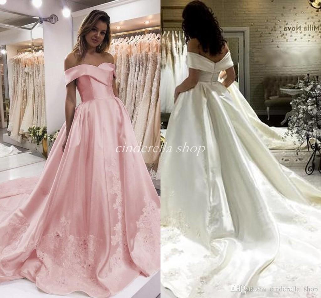 Vestidos de fiesta de encaje de color rosa elegante Fuera del hombro Sin espalda Barrido Apliques Largos Vestidos de fiesta de noche formal Vestido de la alfombra roja de celebridades Use