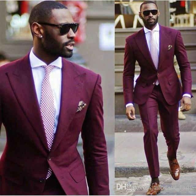 Erkek Düğün Takım Elbise 2018 Yeni Varış Tasarım Groomsmen Bordo Erkekler Takım Elbise Damat Smokin Slim Fit Erkek Parti Takımları Balo Smokin