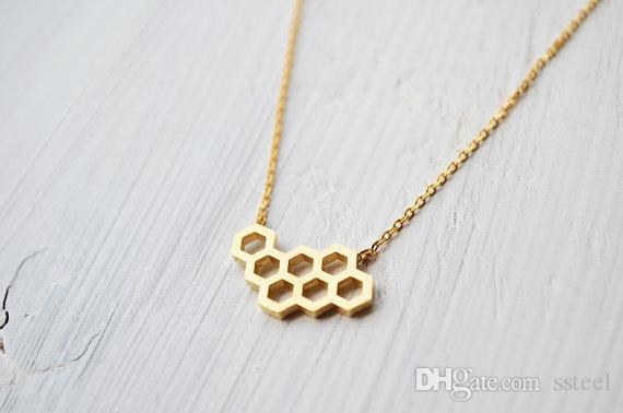 30pcs Geometric Honey Comb Bee Hive Necklace Cute Hexagon Honeycomb Chain Clavicle Necklace Jewelry Accessory Present