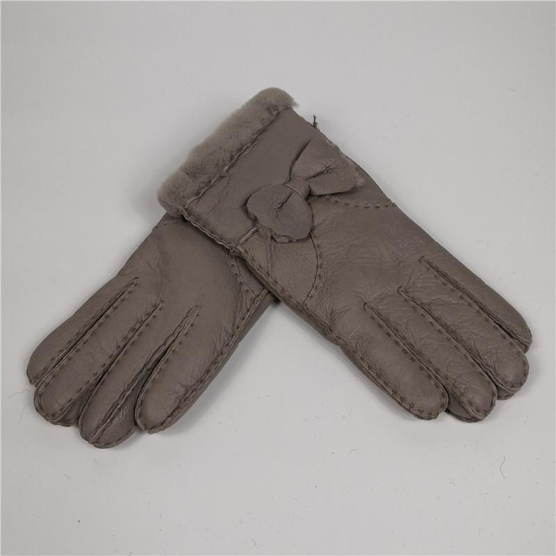 Warm winter 2018 gloves manual brand fashion mittens women winter mittens lady gloves leather girl sheepskin fur