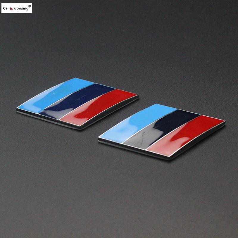 2pcs Car M Power Emblem Badge Fender Sticker pour BMW E46 E39 E90 E36 E60 E34 E30 F30 F10 F15 E53 E38 X5 E53 X6 X1 X3 M3 M5