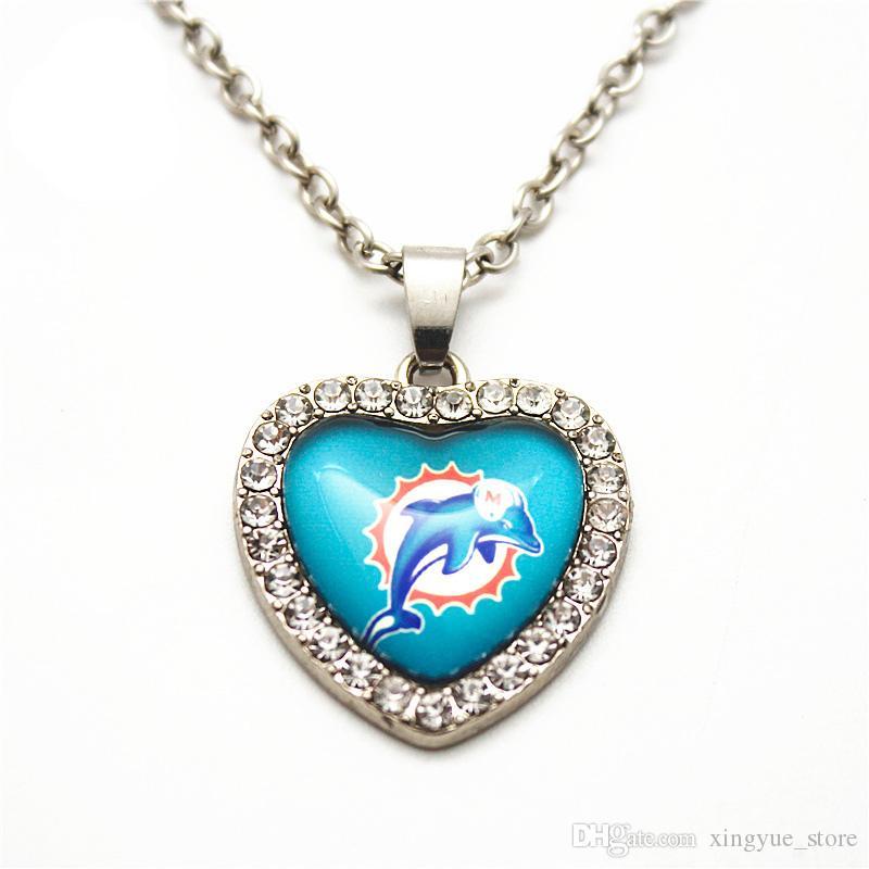 6 unids / lote corazón cristal de fútbol collar de cristal colgante con 50 cm collar de cadenas para mujeres hombres collar de la joyería