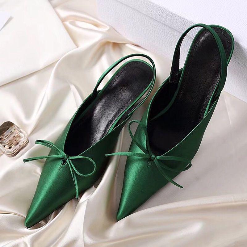 Boyutu 34-40 Moda Kadın Sandalet Sivri Burun Hakiki Deri Yüksek Topuklu Kadın Düğün tasarımcı Ayakkabı Pompalar Kadın Elastik bant Papyon