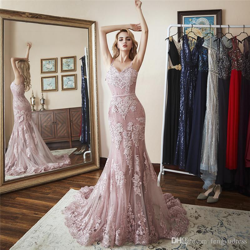 2018 fengyudress rosa lace sereia vestidos de baile personalizado v pescoço trem de varredura longo vestido de noite sexy espaguete backless club dress vestidos de