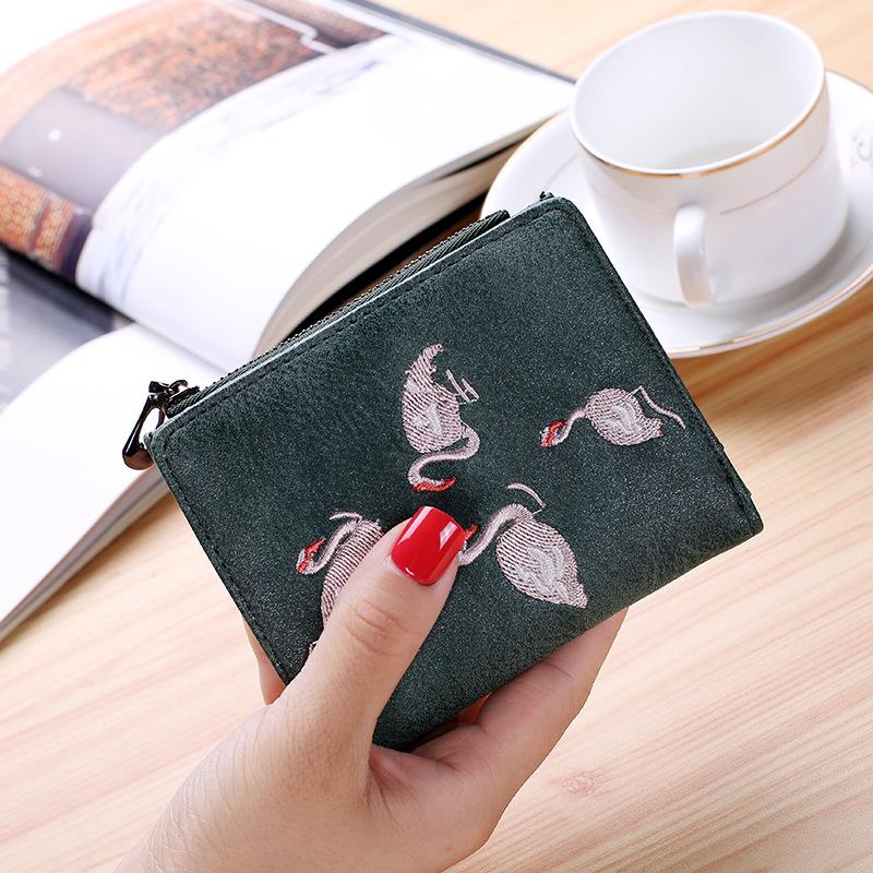 Epiphqny Ultra Thin Embroidered Short Women Purse Artificial Leather Animal Flamingo Zipper Wallet with Coin Purses for Girls