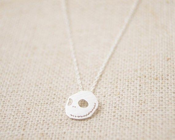 2021 Schädel Goldfarbe Überzogene Silber Großhandel Geschenk für Anhänger Halskette Halskette Frauen Mode Kostenloses Nightmare Versand EVRQK