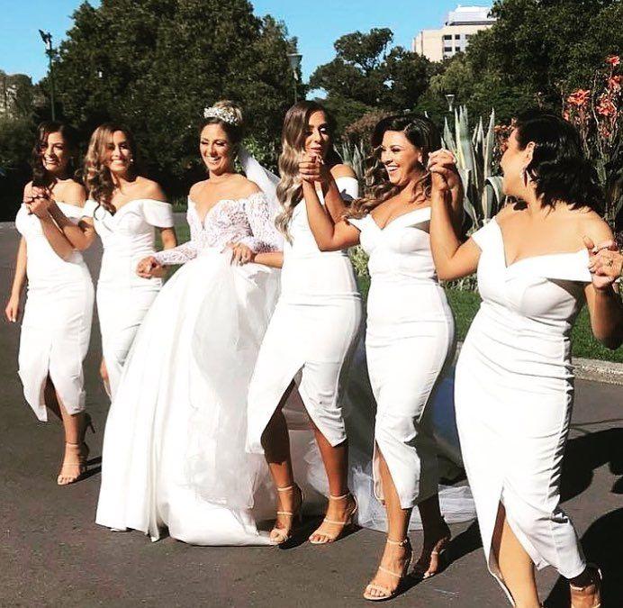 2018 Günstige Mantel Brautjungfernkleider Schulterfrei Tee Länge Formale Brautjungfer Kleid Hochzeit Kleider robes de demoiselle d'honne