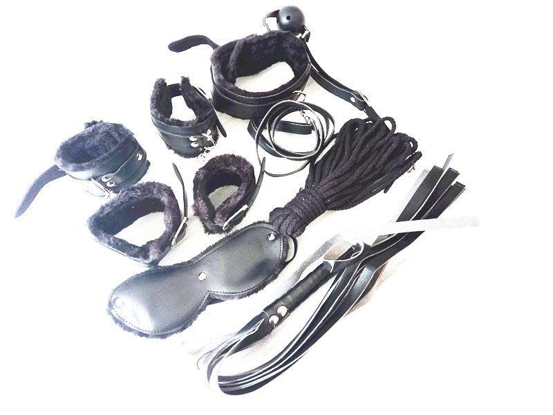 Sex 7-in-1-BDSM-Getriebe Sex-Bondage-Rückhalteset PU-Handgelenk-Knöchelmanschetten Kragenpeitsche Seil Augenbinde Mund Ballknebel Spielzeug JD1165