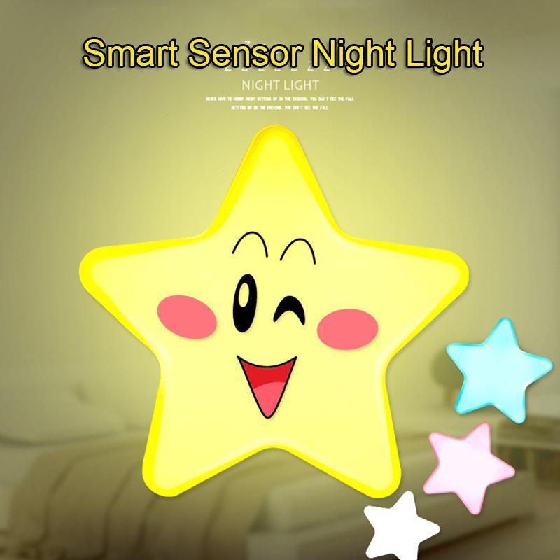 Mini Star Forme Smart LED Capteur Lumière Prise De Courant Alimentation d'énergie Économie D'énergie Light Control Veilleuse pour Enfants Chambre