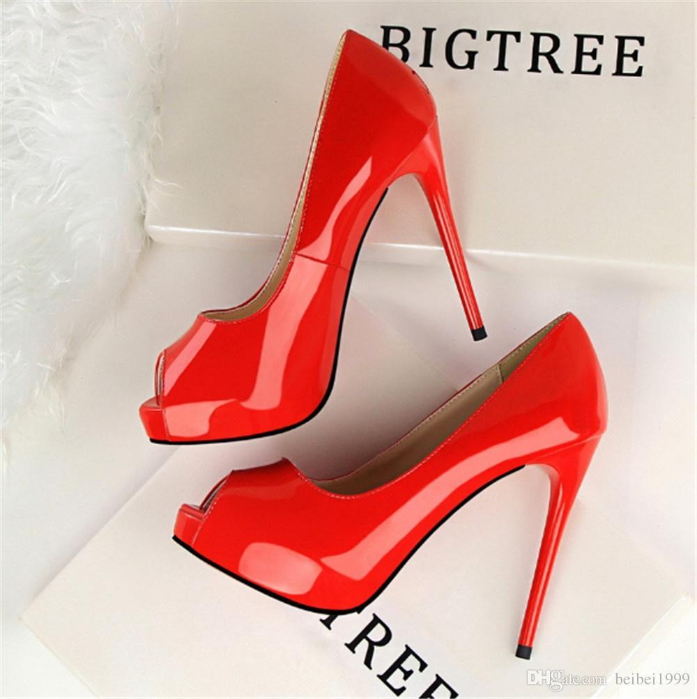 Mode simple ultra haute avec cuir verni sexy mince pédicure bouche de poisson chaussures à talons hauts chaussures de mariage chaussures simples